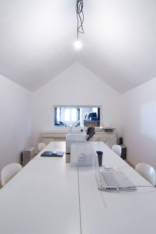 shiftoffice(photo_by_Yoshisato_Komaki).jpg